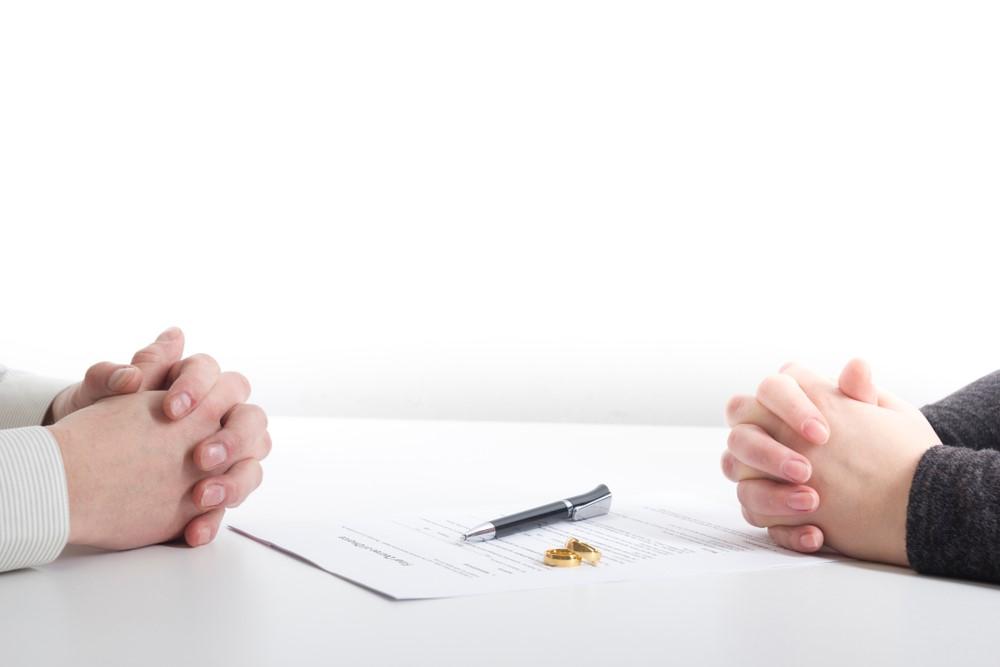Předmanželská smlouva: Víte, co by měla obsahovat a za jakých podmínek je dobré ji sjednat?