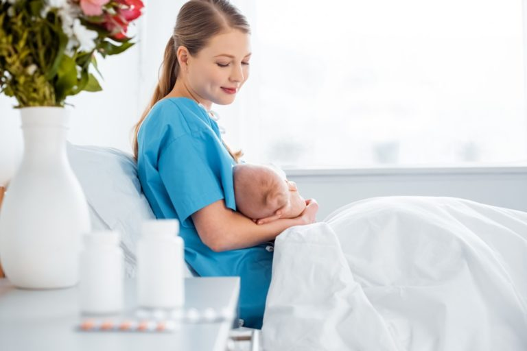 Ibalgin a Paralen při kojení v malém množství neškodí. Do mléka se nedostane více než 1 % léčivé látky