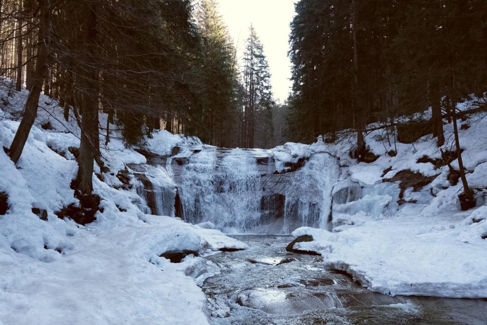 dovolena s kocarkem_mumlavske vodopady