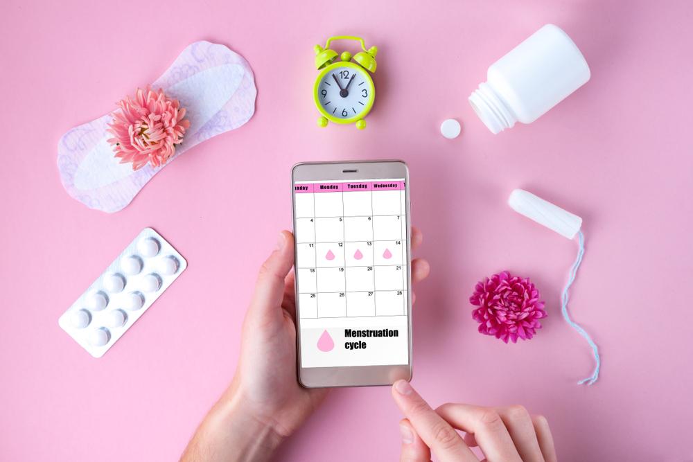 Nepravidelná menstruace bývá často způsobena nevyrovnanou hladinou hormonů. Kdy bývá běžná?