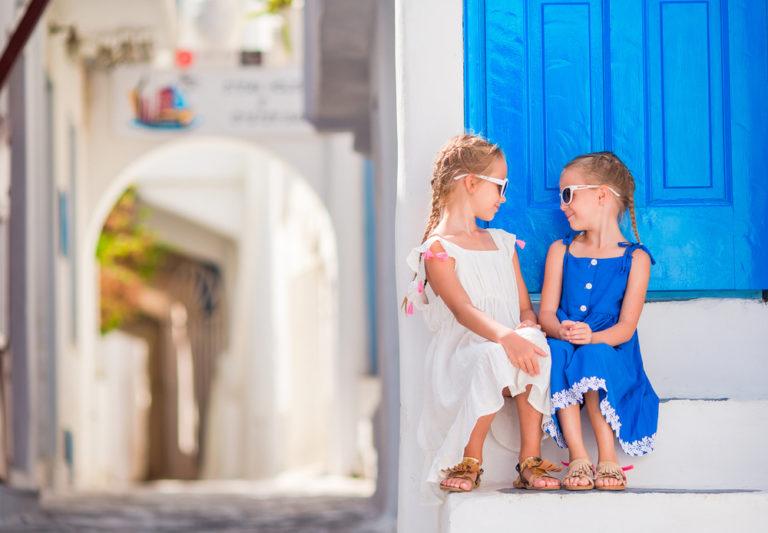 Řecká jména se často pojí se jmény svatých i řeckou mytologií. Láká vás tento trend?