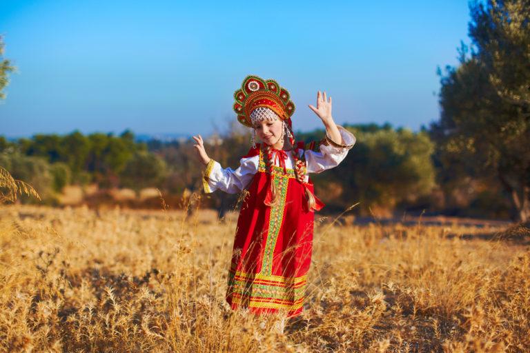 Ruská jména dříve odrážela povahu dítěte nebo chránila před duchy. Jaká se používají dnes?