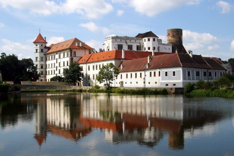 Kvíz: Vyznáte se v českých hradech a zámcích?